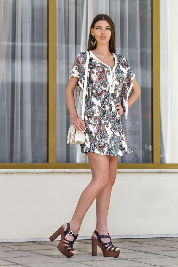 342dfb8dd17a Καλοκαιρινά φορέματα για τις πιο κομψές casual εμφανίσεις! - yang.gr