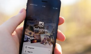 SocialMediaDDS-Instagram-Smart-Phone