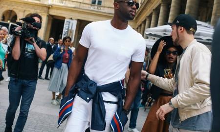 zaketa-demeni-sti-mesi-enischyste-to-ntysimo-sas-me-ton-pio-fashion-forward-tropo