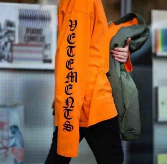 o_vetements-catwalk-women-s-men-s-long-sleeve-sweatshirts-0152